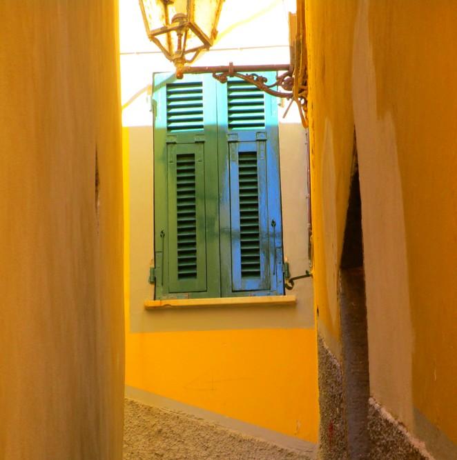 Riomaggiore 4 geel huis