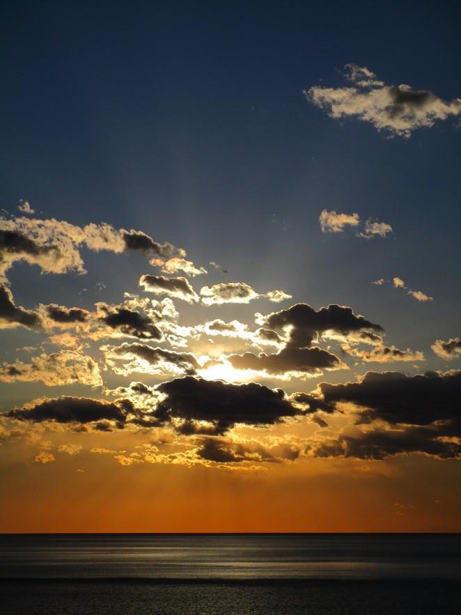 Vernazza zicht op zee en zonsondergang