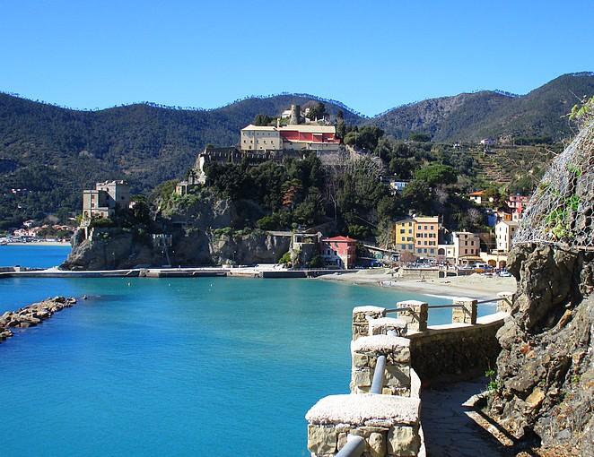 Zicht op Monterosso CinqueTerre