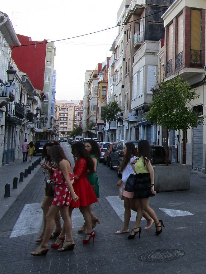Jonge vrouwen in Valencia