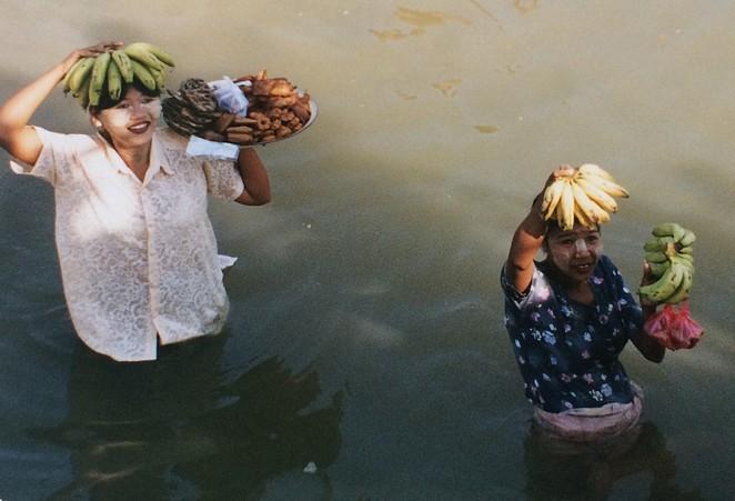 Verkoopsters in de Irrawaddy Myanmar