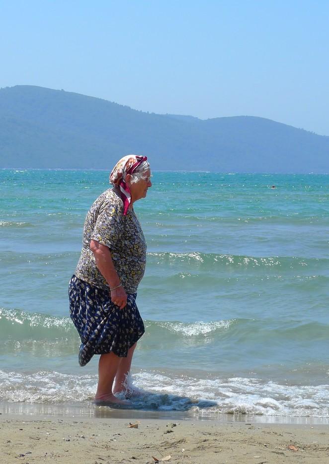 Vrouw senioren Akyaka