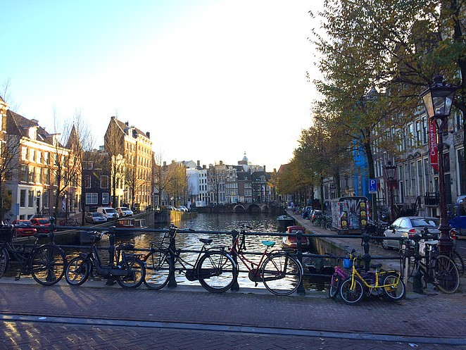 gracht-amsterdam
