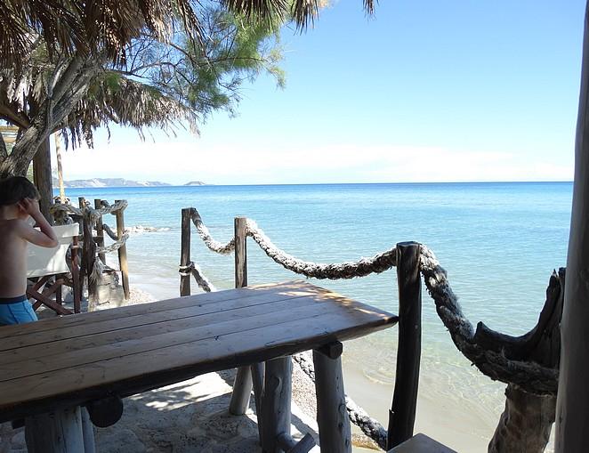 beach-bar-koukla