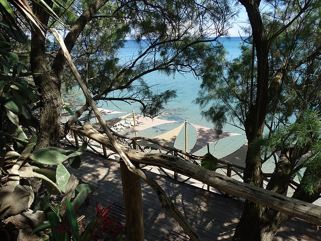 tropics-bar-beach-koukla