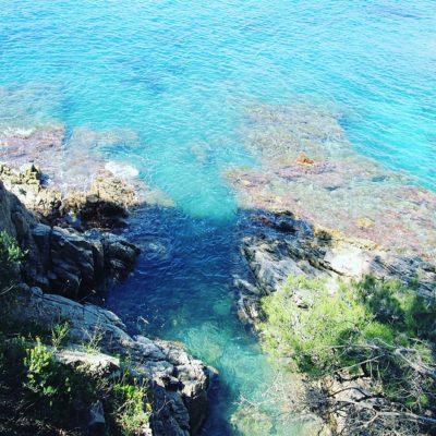 Wandelen langs de kust bij 'S Agaro en Sa Conca