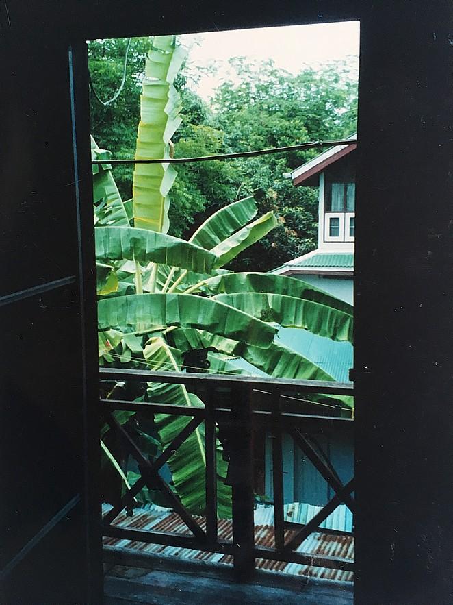 Een houten huisje bij de chao praya follow my footprints - Eilandjes van keuken ...