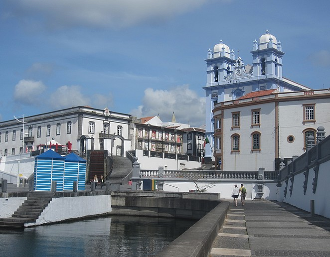 angra do heroismo single men You will take great pictures from every single vantage points around  angra do heroísmo angra do heroísmo, flickr a harbor on the island of terceira,.