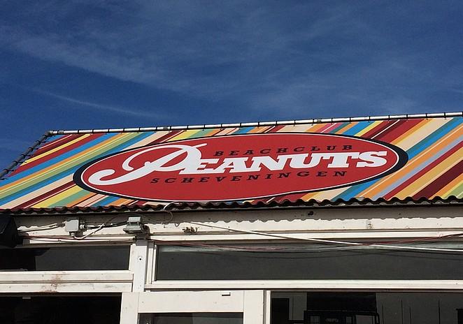 beachclub-Peanuts
