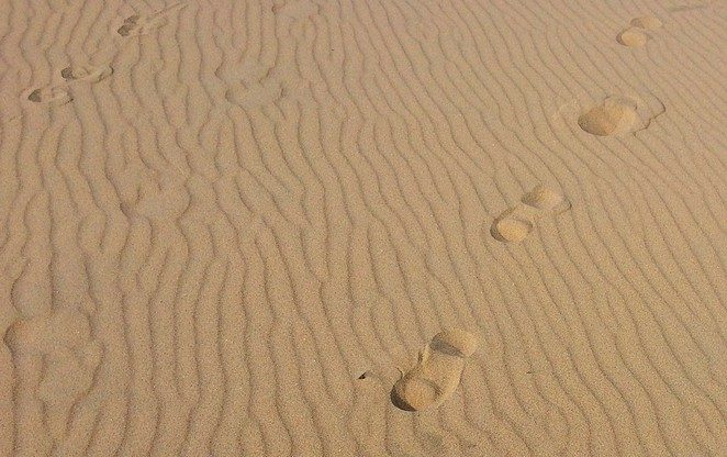 footprints-strand