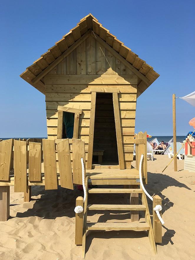 houten-speelhuisje
