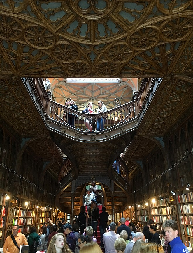 Boekenwinkel-Lello