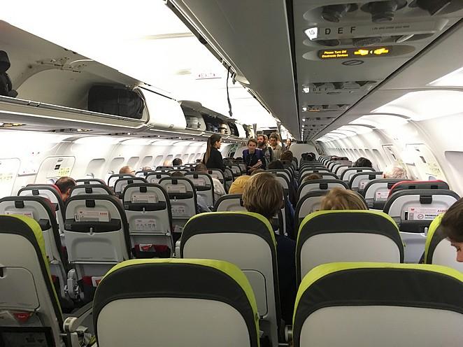 TAP-vliegtuig-binnenkant