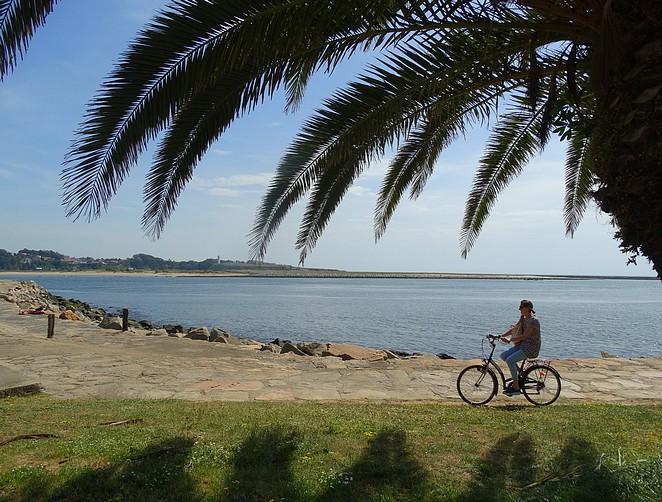 fietsen-naar-strand-Porto