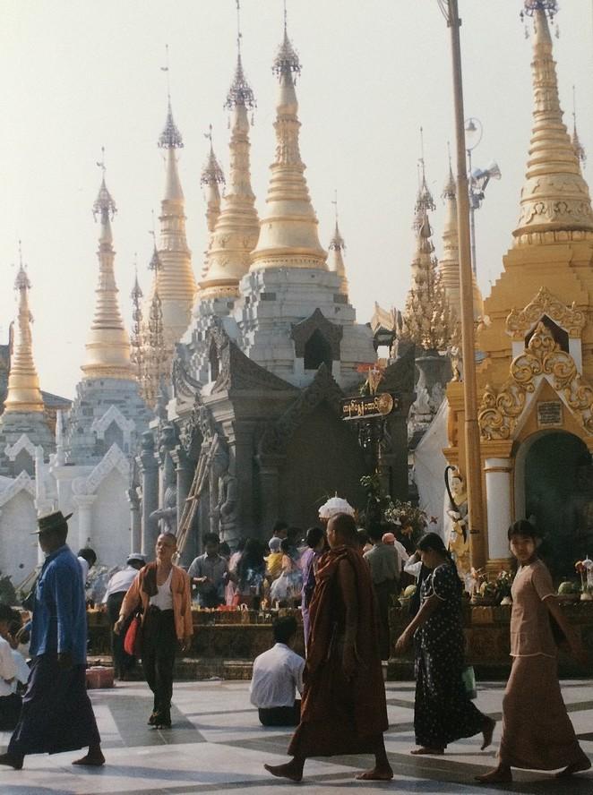 Schwedagon-bekende-pagode-yangon
