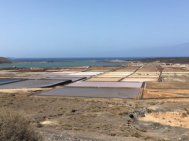 Salinas-de-Janubio-zoutvelden-Lanzarote