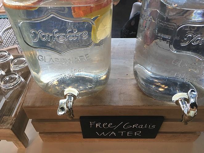 gratis-water