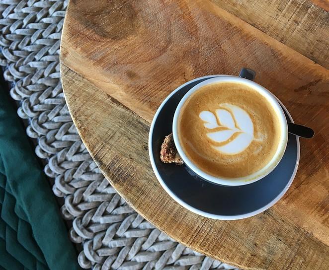 waar-koffie-drinken-in-den-haag
