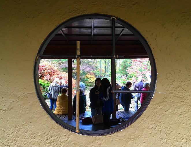 toeristen-japanse-tuin