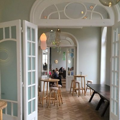 Boutique hotel De Witte Dame in oud treinstation Abcoude