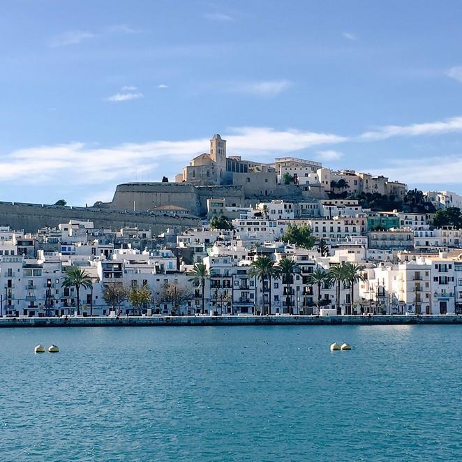 Ibiza in de winter: zon en rust