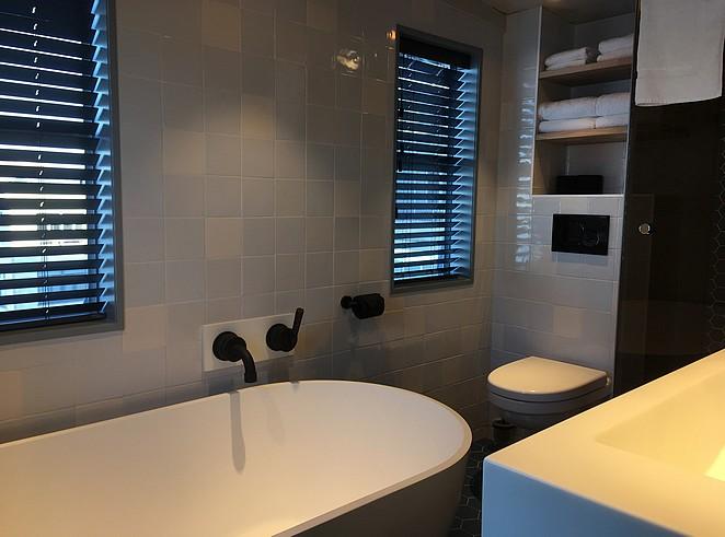 badkamer-kraanhotel-knsm