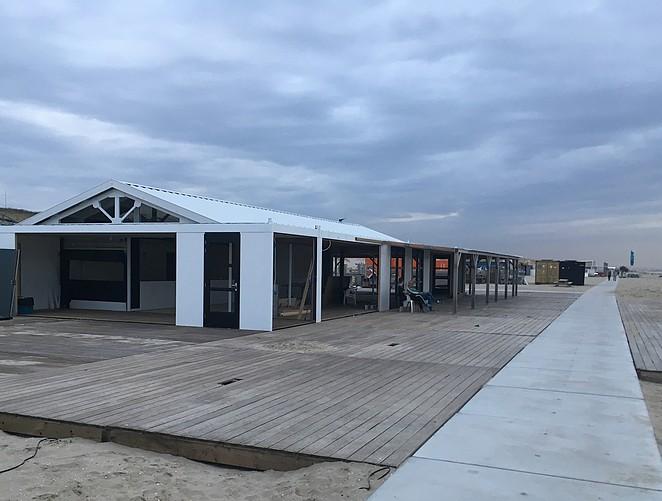 opbouwen-strandtenten