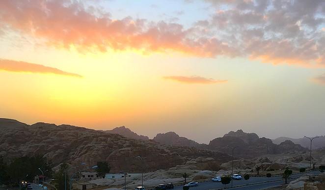 zonsondergang-petra-jordanie