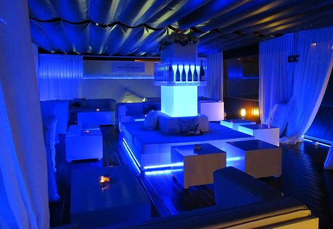 LaFalua-loungebar-Benidorm-chic-uitgaan