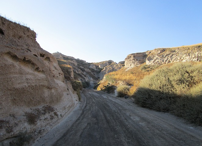 Off road Santorini