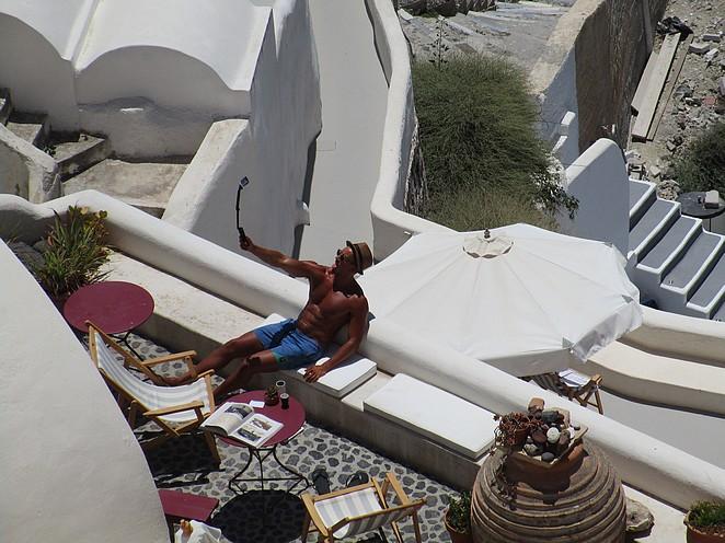Selfie maken op Santorini