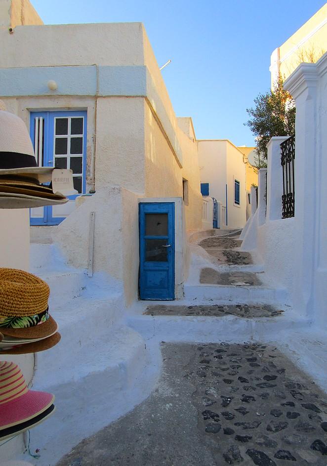 Straatje in Pyrgos Santorini