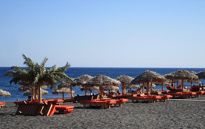 Strand Santorini Oostkust bij Perivolos
