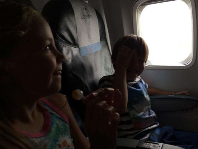 opstijgen-vliegtuig-kinderen