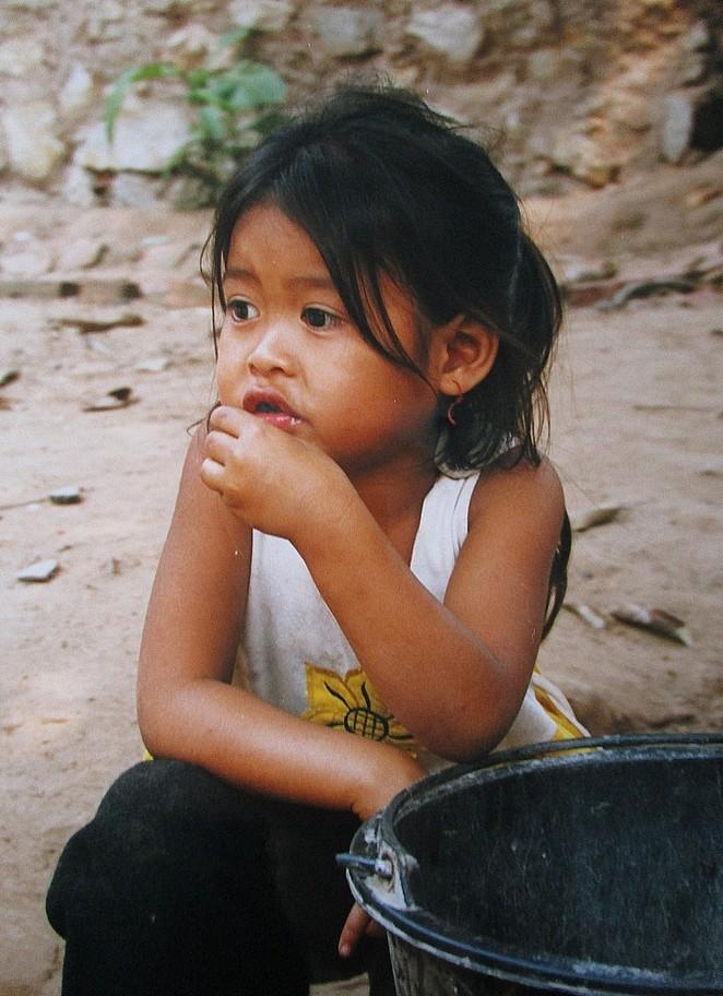 foto-meisje-laos
