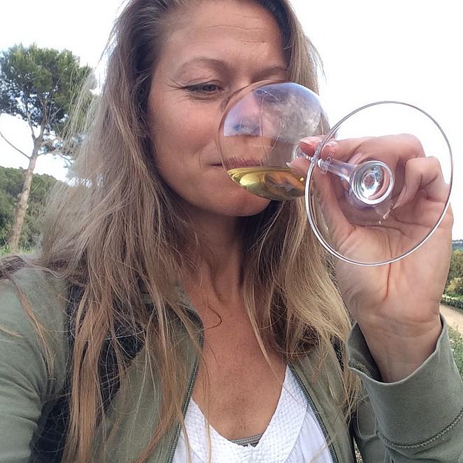 Proeverij van wijn en delicatessen
