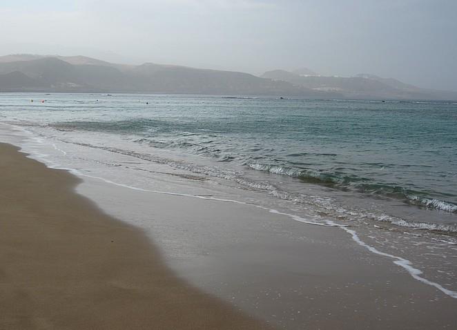 de zee op een mindere dag