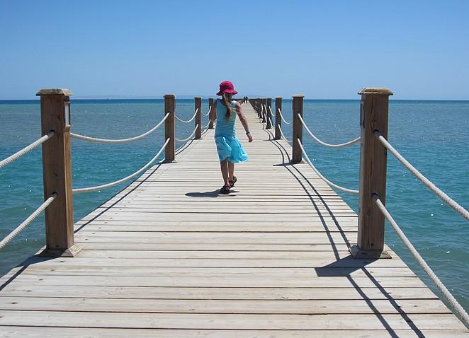 Bo op de pier van El Gouna