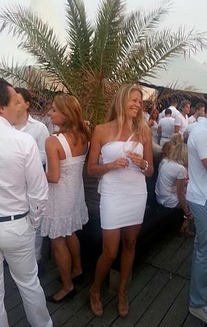vrijdagborrel-white-edition