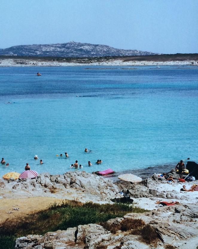 Exreem helder water Spiaggia Pelosa bij Stintino
