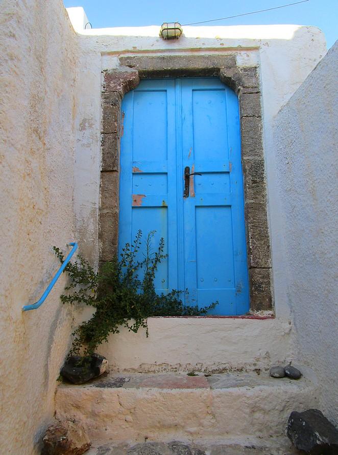Pyrgos blauwe deur