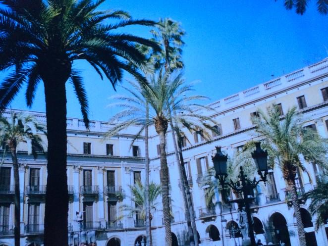Throwback Plaza Reial Barcelona