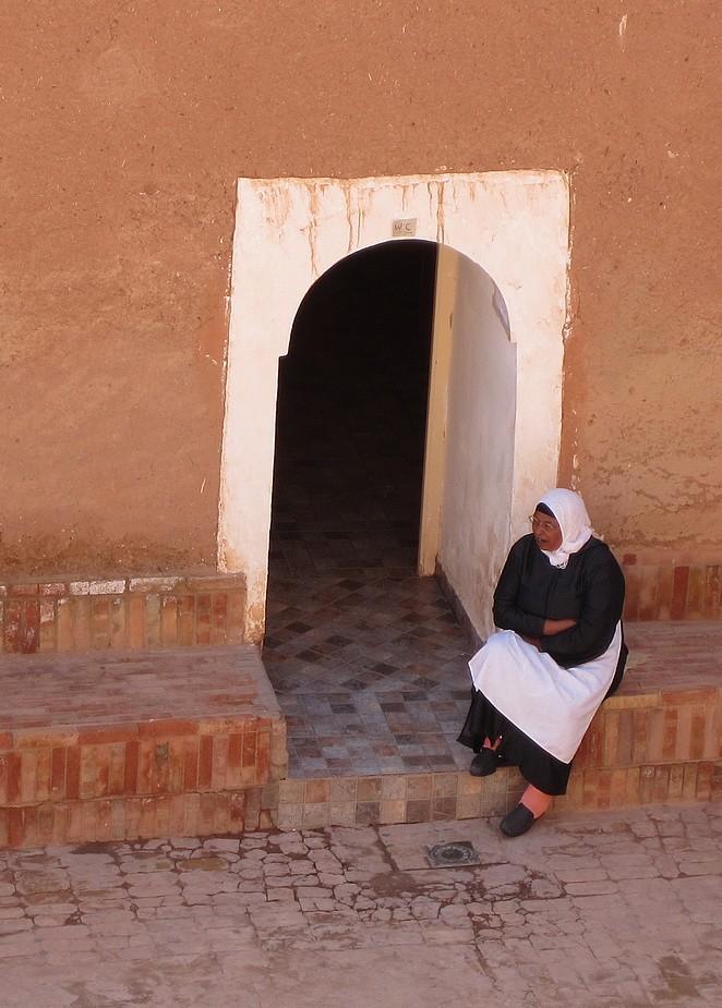 Vrouw in Ouarzazate