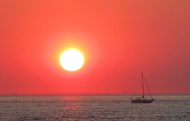 zeilboot-zonsondergang