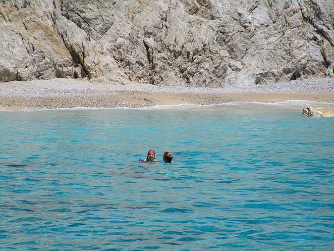 verborgen-strandje-zakynthos