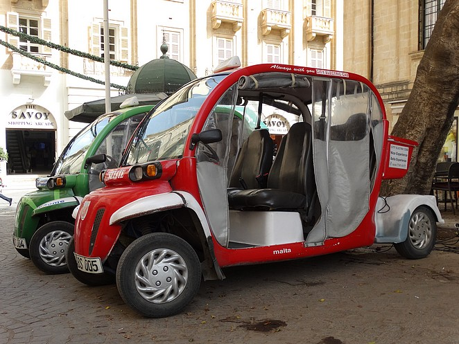 valletta-city-electric-car