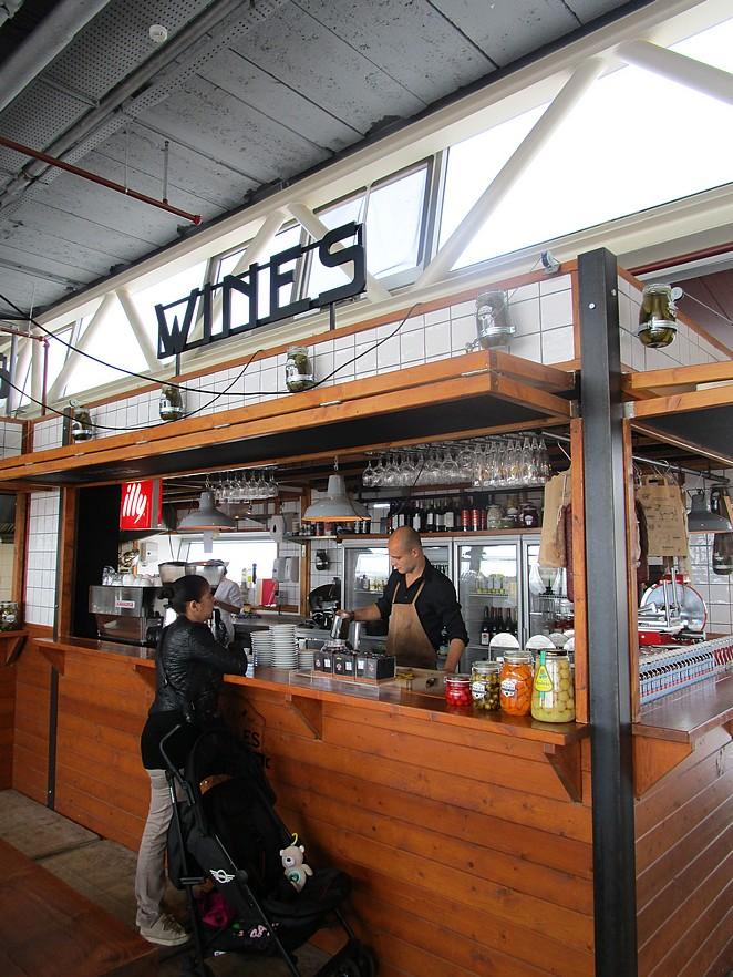 wines-pier-scheveningen