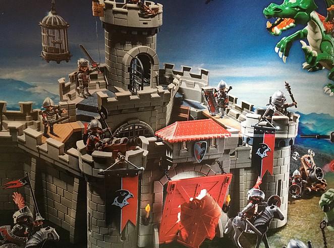playmobil-kasteel-burcht-van-de-valkenridders-6001