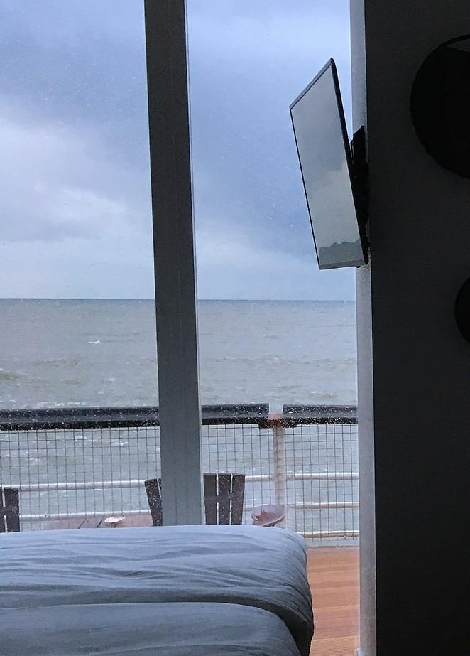 zicht-op-tv-en-zee