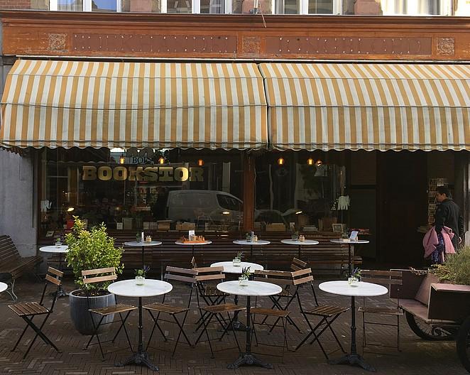 bookstor-koffie-den-haag